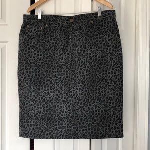 Almost new Ralph Lauren animal print jeans skirt